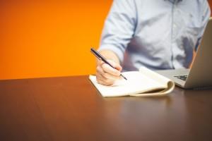 Read more about the article Se você fosse o entrevistador, se contrataria como candidato em uma entrevista de emprego?