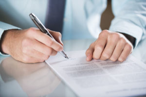 Na vigência do contrato de aprendizagem, a empresa pode alterar a modalidade desse contrato para prazo indeterminado?.