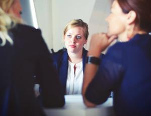 Por que é importante entender o perfil do profissional ao contratá-lo?